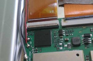 Wygięte piny gniazda digitizera w tablecie Kiano SlimTab 10