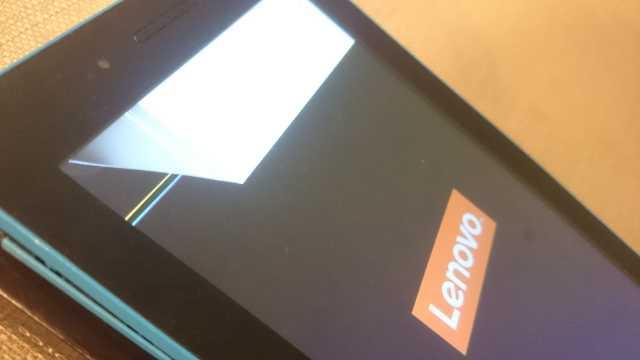 Wymiana ekranu LCD w tablecie Lenovo Tab 3. Napraw to sam!